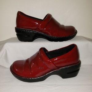 b.o.c Nurses Shoes